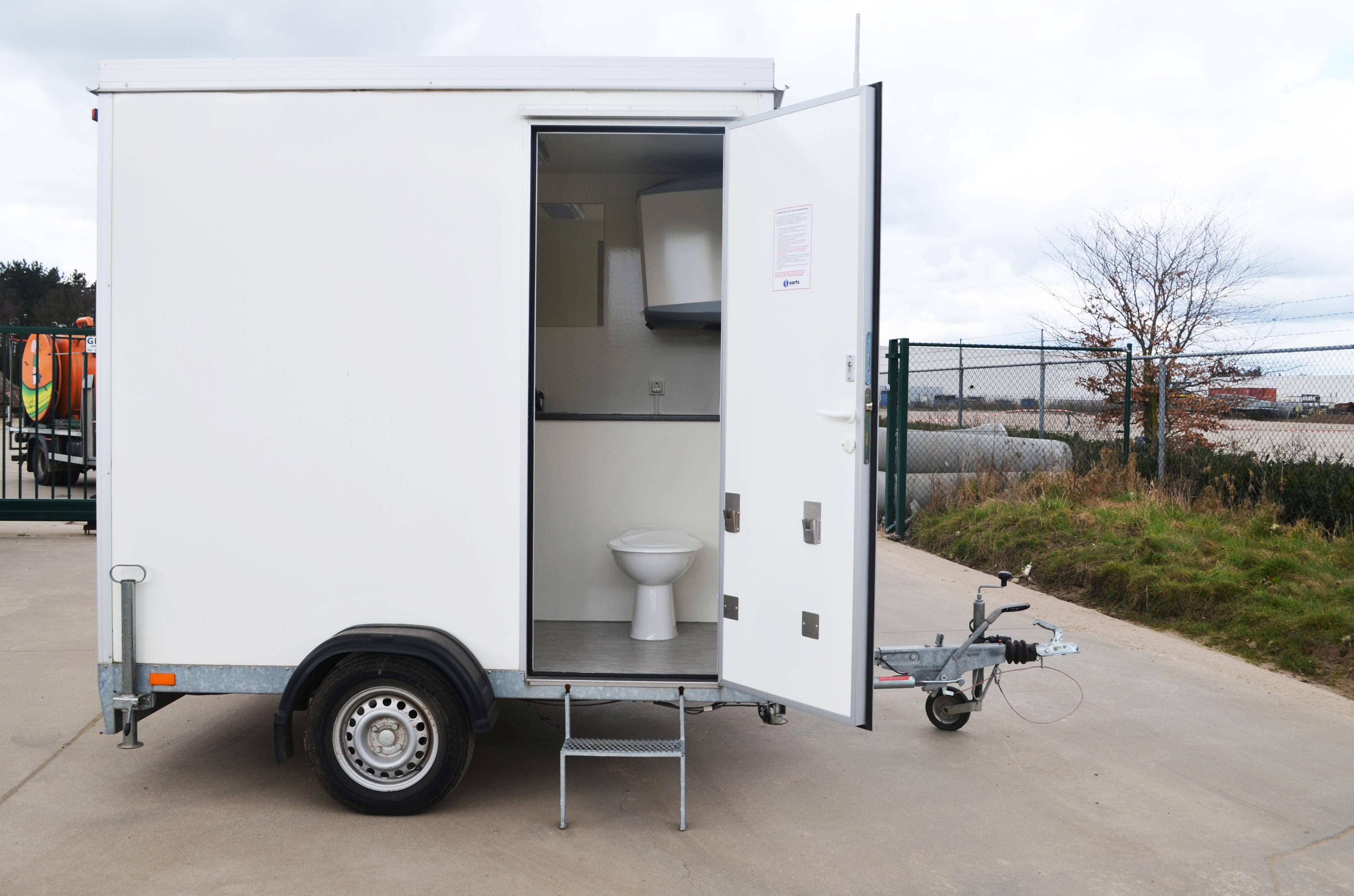 Tijdelijke Mobiele Badkamer : Mobiele badkamer liekens